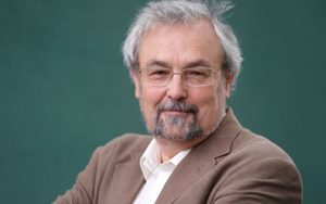 INDIVIDUALISM AND COLLECTIVISM, NUMEROUS SOCIETY AND SMALL COMMUNITY – INTERVIEW WITH PROF. ROBIN DUNBAR (PART 1)